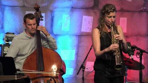 Nicole Johänntgen Quartet feat. Nehad El Sayed – Flugmodus